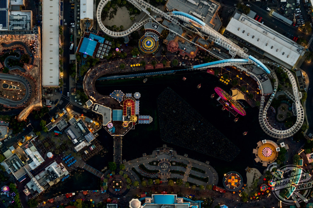 helicopter rides in california with 7068 on Europapark also 7068 as well Air tours together with LocationPhotoDirectLink G34515 D258685 I38560282 Universal s Islands of Adventure Orlando Florida moreover Man Woman And 2 Young Children Found Dead Inside Parked Van At Cvs 48jas.