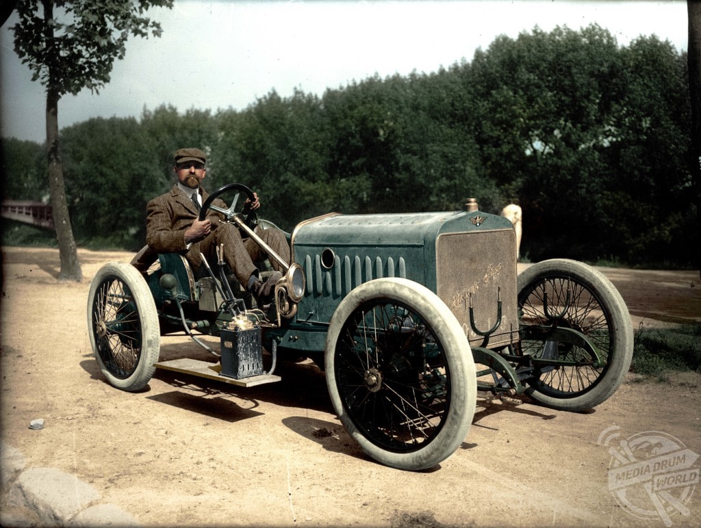 The Incredible History Of Motor Vehicles Is Told In Colourised ...